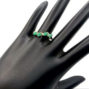 10K  YELLOW GOLD GENUINE EMERALD WAVE RING (7)